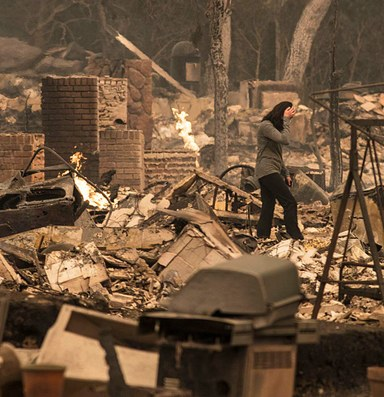 Thousands find refuge from Northern California fires