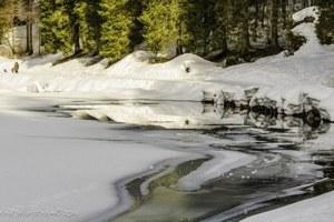 Snowpack is melting fast, despite April storms