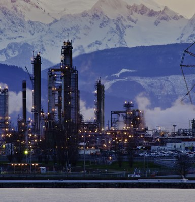 After a string of accidents, refinery workers strike for safety