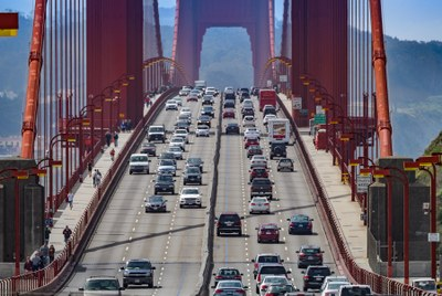Automakers follow California, not feds, on mileage standards