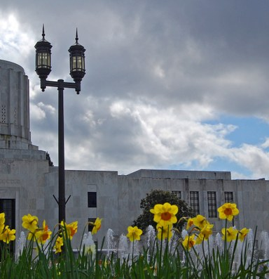 Oregon Republicans are hiding to avoid a climate-bill vote