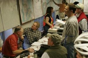 A small island town prepares for a major earthquake