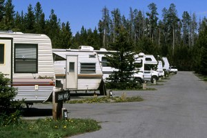 RV industry lobbies to privatize services on public lands