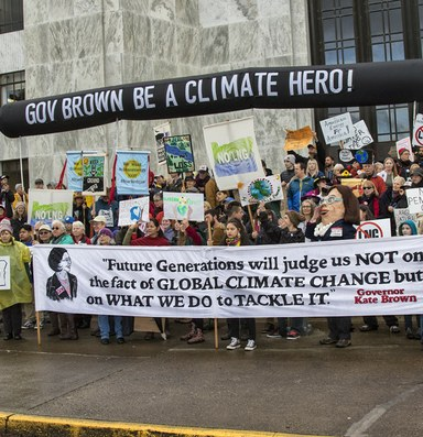 Jordan Cove pipeline moves forward, despite Oregon's opposition