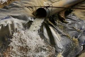 EPA freezes grants, contracts