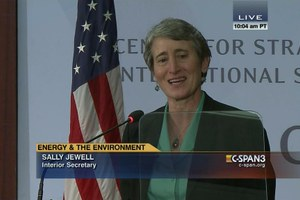 Jewell vows to make energy development on public lands cleaner