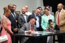 Nevada governor signs law to revive rooftop solar industry