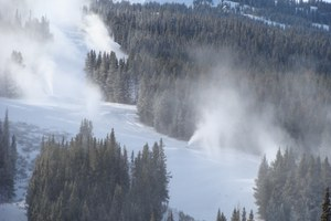 Forest Service leaves control of water rights to ski resorts