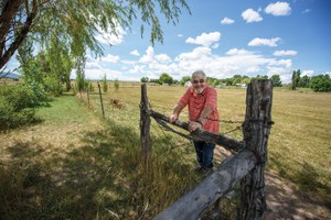 New Mexican farmers struggle to stay on the land