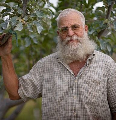 The orchardist rescuing fruit trees in New Mexico