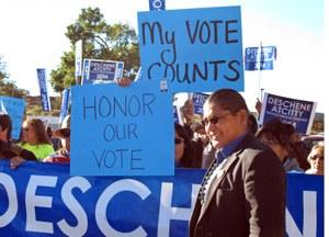 Should the president of the Navajo Nation speak Navajo?