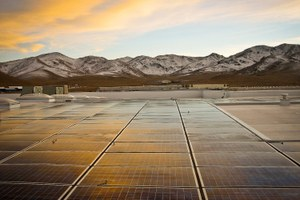 Trump considers tariffs on solar industry