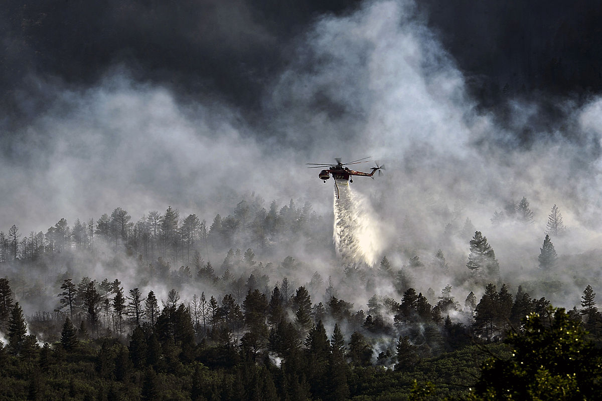 The art – and science – of forecasting wildfires — High Country News