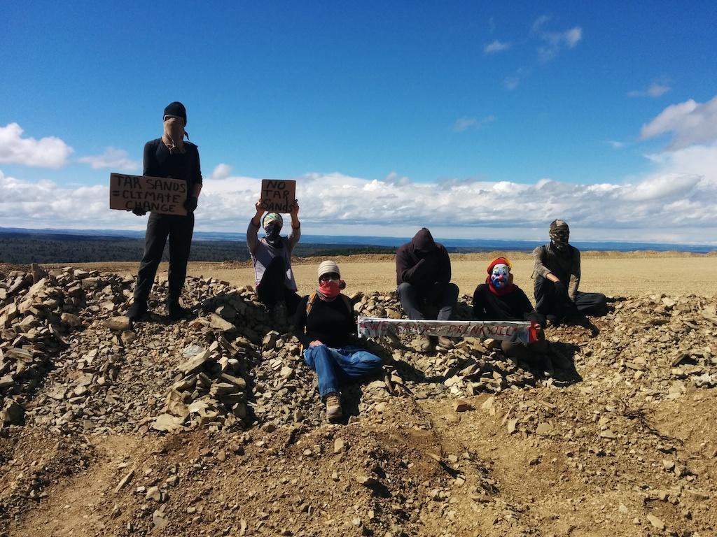 Tar sands protest construction site