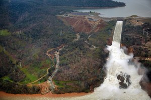 After Oroville, officials across the West review dam safety