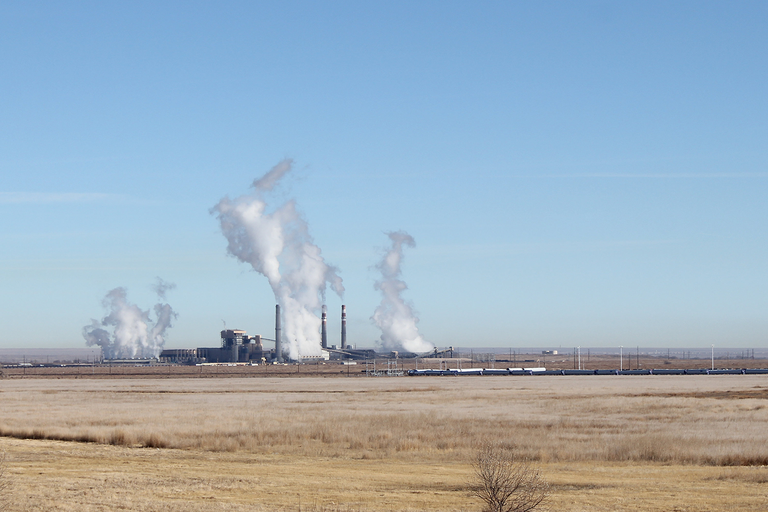 A fossil-fueled town fights back