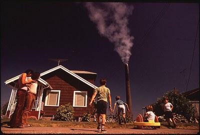 SmokestackKids1972.jpg