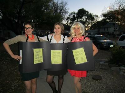 Paonia women in their binders