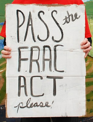 Pass the FRAC Act, courtesy Flickr user Cecily.Rose