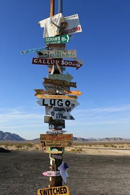 signpost Cadiz Valley