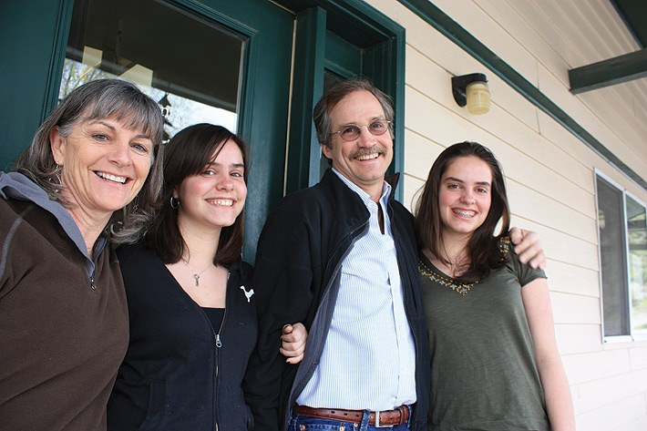 Former staffer Steve Hinchman, with his wife, Debbie Weiss, and daughters Tess and Abbie.