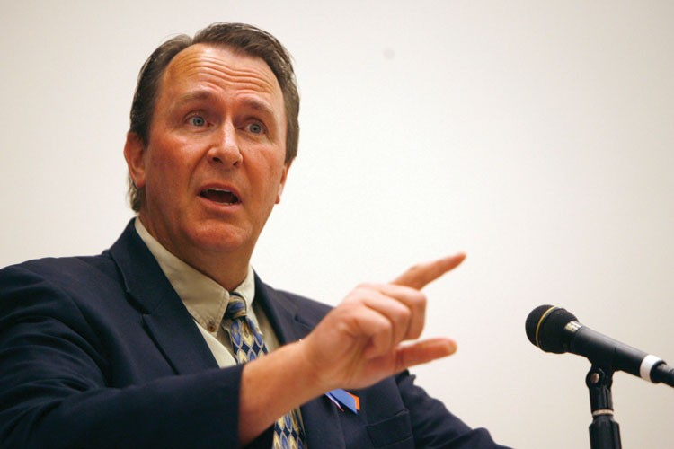 "Utah Attorney General Mark Shurtleff -- a devout Mormon who has polygamists in his family tree -- has been hesitant to prosecute people who engage in that ""lifestyle choice."""