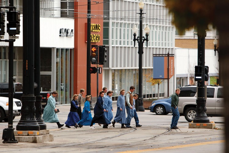 FLDS members head toward the federal courthouse in downtown Salt Lake City in November 2008 to attend a hearing related to the sect's UEP land and trust.