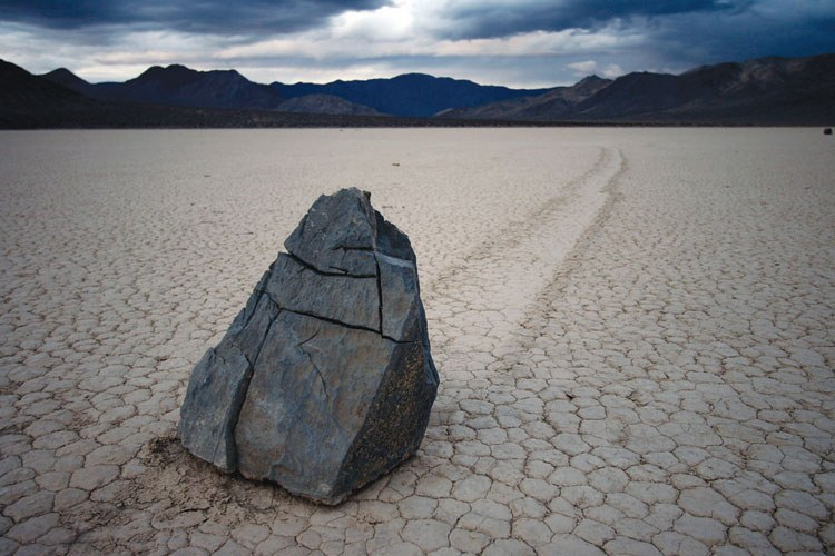"Death Valley's ""racetrack"""