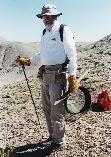 Peter Gilman fossil hunting on BLM land south of Price, Utah in 2000.