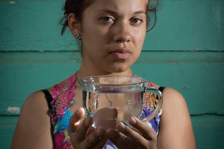 California farm communities suffer tainted drinking water (Water