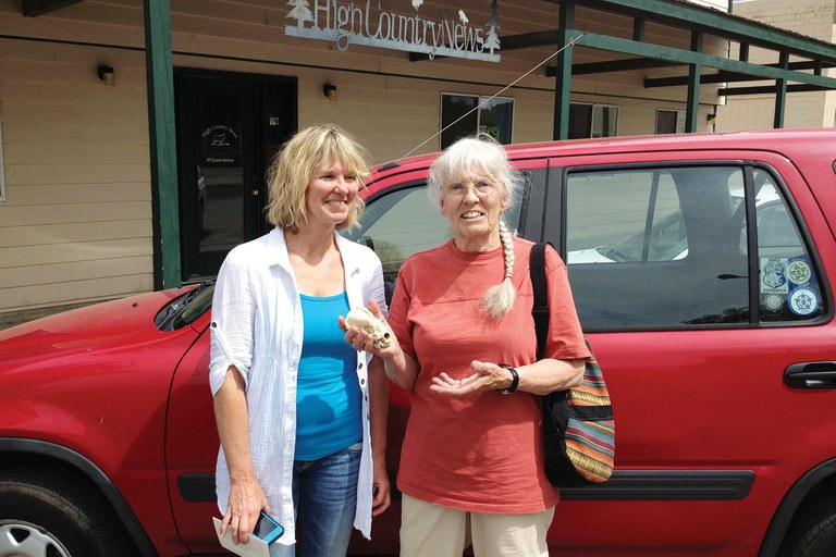 Jean Swearingen and her daughter, Marta Fonda, dropped by the HCN office.