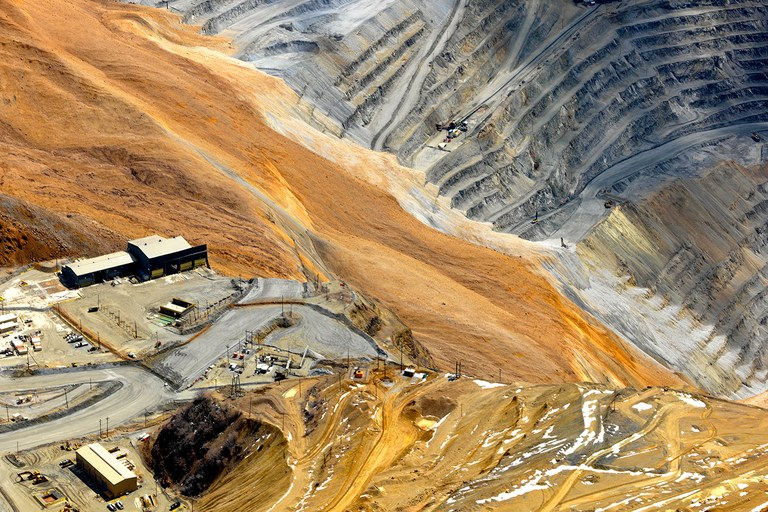 The massive Bingham Canyon slide.