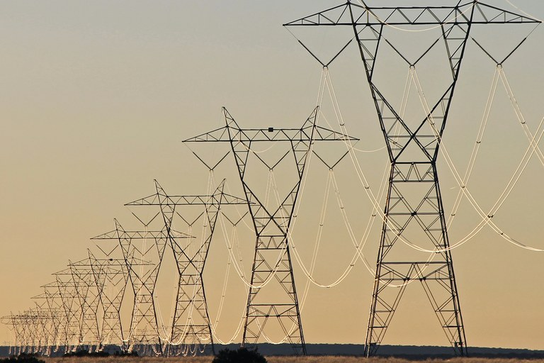 High-voltage transmission line in Arizona.