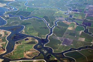 Latest: California moves ahead on Bay Delta tunnels plan