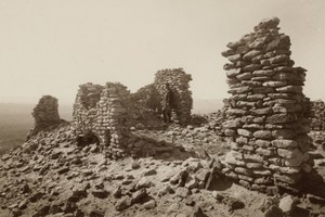 Reconciling two views of a Hopi massacre