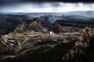Drilling threatens Dinosaur National Monument — again