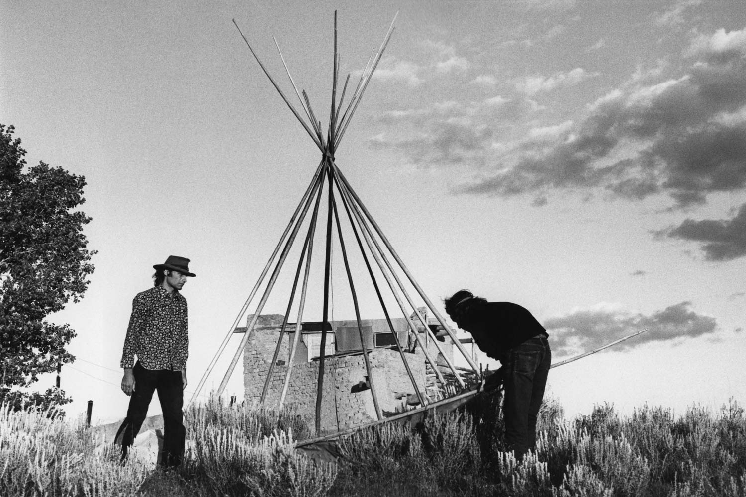 Reno Kleen Myerson And Steve Samuels Building A Tipi In Northern New Mexico 1967