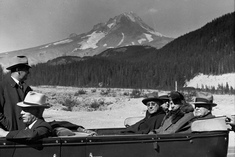 books-fdr-mthood-jpg