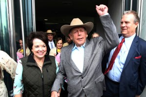 Cliven Bundy walks for involvement in 2014 standoff