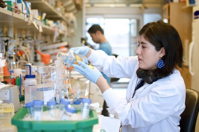 Inside a Seattle lab working to develop a COVID-19 vaccine