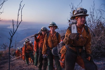 The incarcerated women battling wildfires