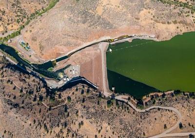 Will Klamath salmon outlast the dam removal process?