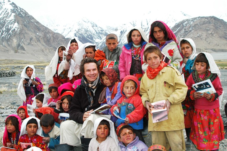"Greg Mortenson, author of ""Three Cups of Tea,"" with schoolchildren in Afghanistan"